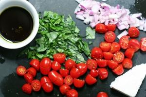 Tomato Feta Salad Ingredients